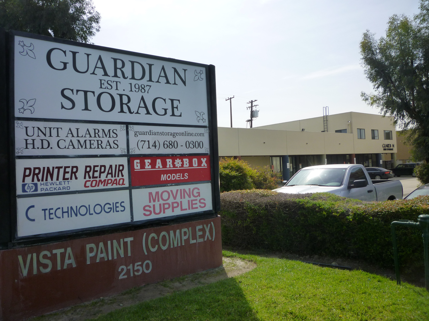 Guardian Storage self storage facility in Fullerton near Anaheim CA
