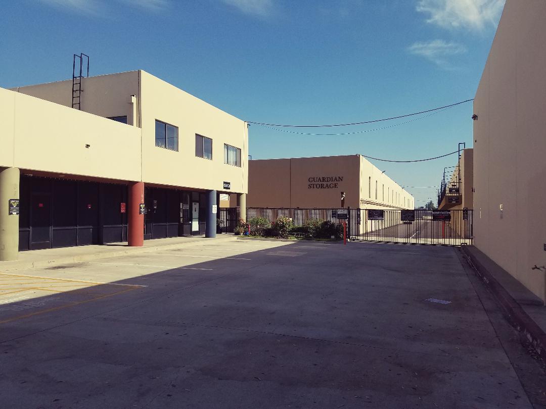 Guardian Storage Fullerton - Anaheim Entry